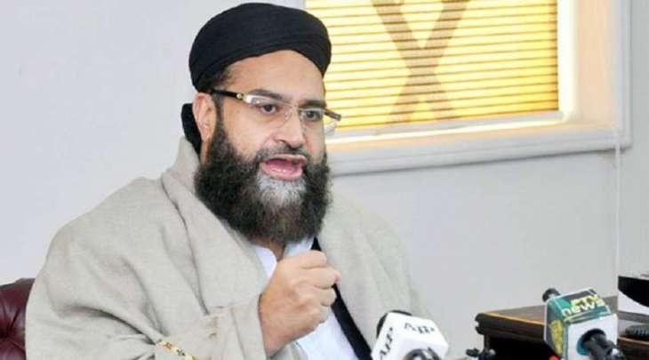 رئیس مجلس علماء باکستان یدین الھجوم المسلح استھدف فریقا للتطعیم ضد شلل الأطفال