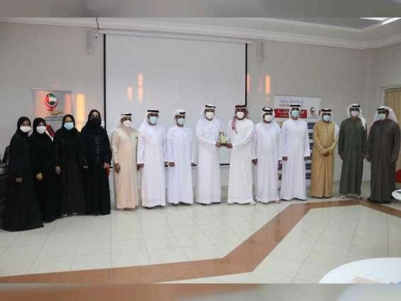 """لجنة بـ""""استشاري الشارقة"""" تطلع على أنشطة و مشاريع عدد من الأندية الرياضية في الإمارة"""