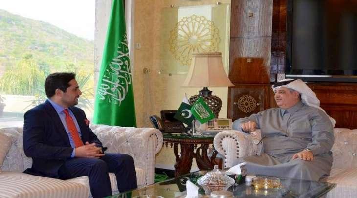 رئیس غرفة التجاریة الأمریکیة الباکستانیة یجتمع بسفیر السعودیة لدی اسلام آباد