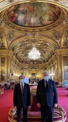 سفير المملكة لدى فرنسا يلتقي رئيس لجنة الشؤون الخارجية والدفاع بمجلس الشيوخ الفرنسي