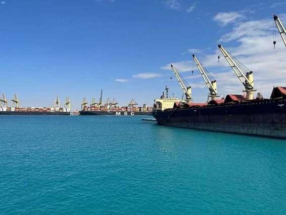 ميناء الملك عبدالله يسجل زيادة بنسبة 6.6% في مناولة الحاويات في 2020