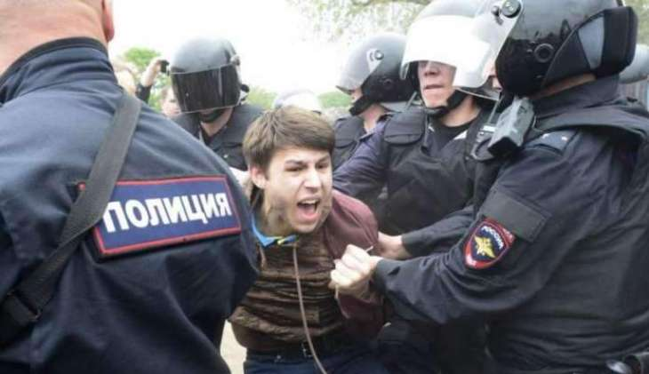 Moscow Courts Arrest 30, Fine 64 Participants in Saturday's Unauthorized Rallies