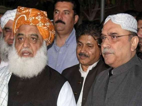 Fazl, Zardari agree to speed up anti-govt move