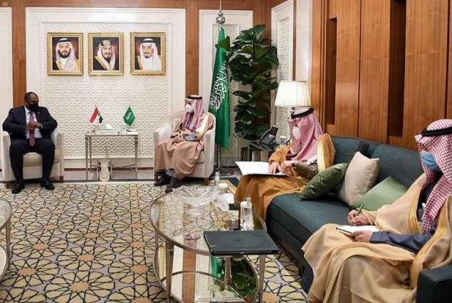 سمو وزير الخارجية يستقبل عضو المجلس السيادي الانتقالي السوداني