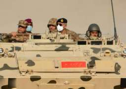 Chief of Army Staff (COAS) General Qamar Javed Bajwa visited training area in Thar Desert near Chhor: DGISPR
