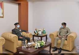 Chief of Staff of UAE Armed Forces meets defence ministers visiting IDEX