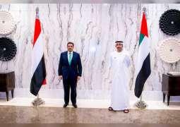 عبدالله بن زايد يستقبل وزير خارجية اليمن