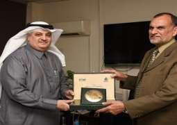 وزیر السکک الحدیدیة الباکستاني اعظم خان سواتي یستقبل سفیر السعودیة لدی اسلام آباد