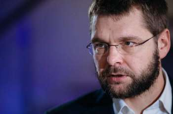 Estonian Opposition Says President's Criticism of Ethnic Minority Inappropriate