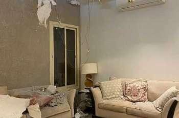صور من منزل مواطن بالرياض لآثار انتشار شظايا اعتراض صاروخ بالستي أطلقته مليشيا الحوثية الإرهابية