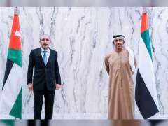 عبدالله بن زايد يستقبل وزير خارجية الأردن