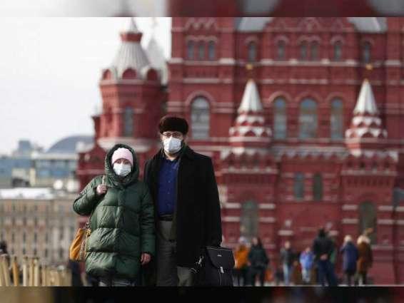 """روسيا تشهد انخفاضا في عدد الإصابات والوفيات بـ """"كورونا"""""""