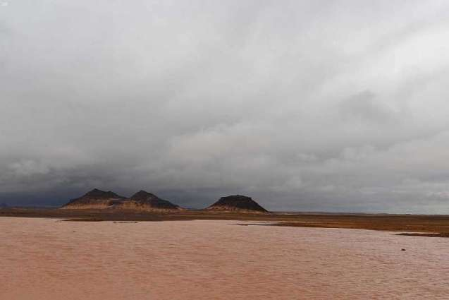 أمطار على محافظة تيماء