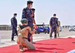 قائد شرطة دبي يزور ميادين الرماية بالخضيرة في الذيد