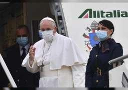 بابا الفاتيكان يصل إلى العراق في زيارة تستمر 3 أيام