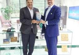 Etisalat Group CEO Visits PTA