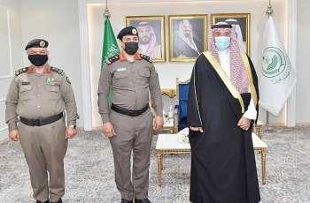 سمو أمير نجران يقلّد مدير دوريات الأمن ومساعد مدير المرور بالمنطقة رتبتيهما الجديدتين