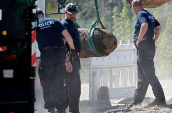 German Police Defuse 165Lb WWII Bomb in West Berlin