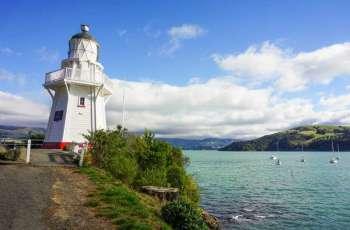 """نيوزيلندا تخفض مستوى التحذير من """"تسونامي"""" بعد سلسلة زلازل"""