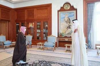 سمو أمير دولة قطر يستقبل سمو وزير الخارجية