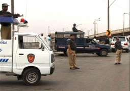 Two dacoits killed in exchange of fire with police in Jhang