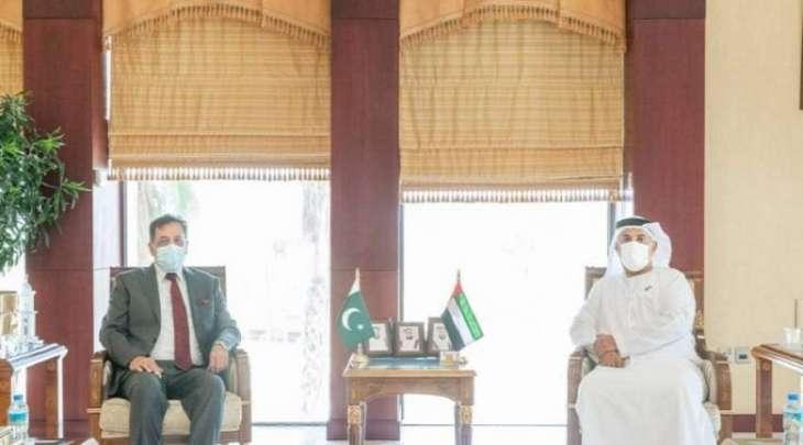 مدیر عام غرفة تجارة صناعة أبوظبي یستقبل سفیر باکستان لدی الامارات