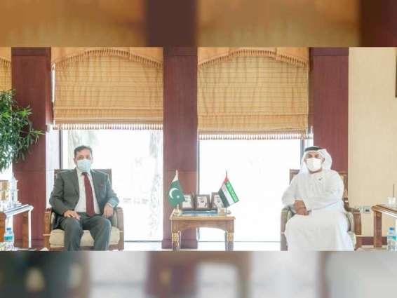 غرفة أبوظبي تبحث تعزيز التعاون التجاري مع القطاع الخاص الباكستاني