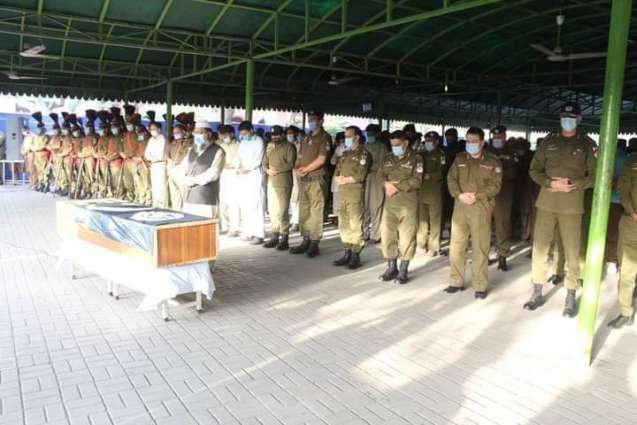 Martyred cop's funeral prayers offered at Qilla Gujjar Singh's police line