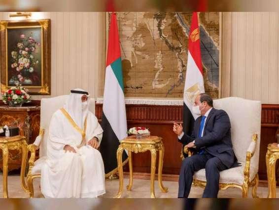 محمد بن زايد والرئيس المصري يبحثان في القاهرة العلاقات الأخوية وآخر التطورات الإقليمية
