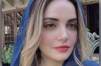 Armeena Khan raises voice against Islamobhobia in the UK