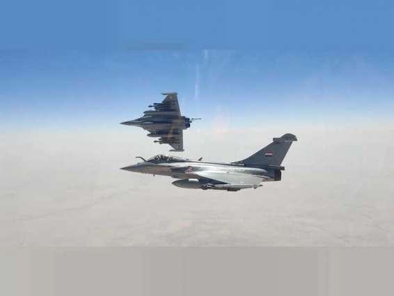 """مصر و فرنسا توقعان عقد توريد 30 طائرة """"رافال"""""""