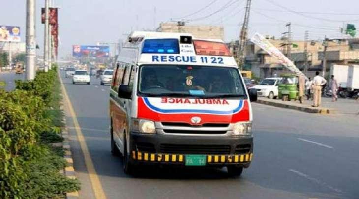 مقتل 4 شخصا و اصابة 18 آخرین اثر انقلاب حافلة رکاب في منطقة شورکوت بمدینة جھنک