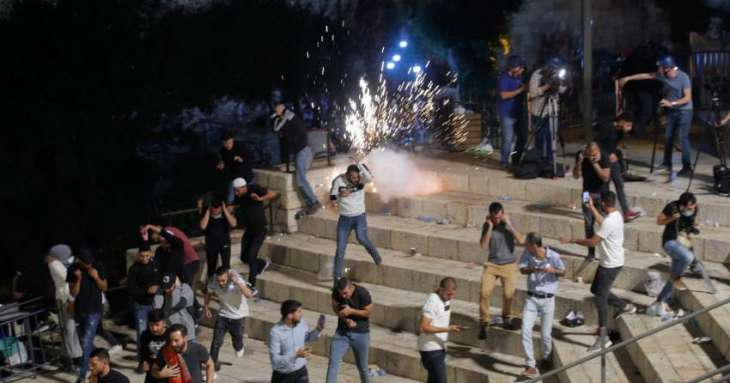 Number of Palestinians Injured in Monday Clashes in Jerusalem Rises to 331 - Red Crescent