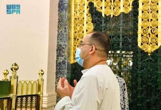 المديرالتنفيذي لهيئة الإعلام والاتصالات في جمهورية العراق يزور المسجد النبوي