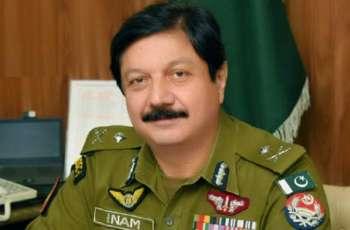 رئیس شرطة باقلیم البنجاب یوٴکد ایقاف رجال الشرطة المتورطین فی اعتقال عمال المطعم