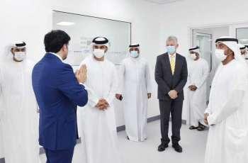أحمد بن سعيد و منصور بن محمد يفتتحان أحد أكبر مختبرات تحليل عينات /PCR / بمطار دبي