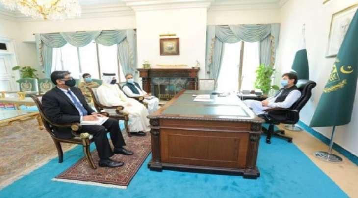 رئیس وزراء باکستان یستقبل سفیر دولة القطر لدي اسلام آباد