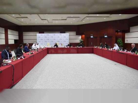 نورة الكعبي تترأس اجتماع مجلس جامعة زايد