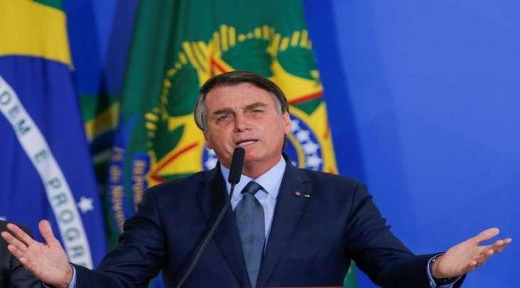 حکومة برازیلیة تغرم رئیسھا بسبب عدم ارتداء کمامة طبیة