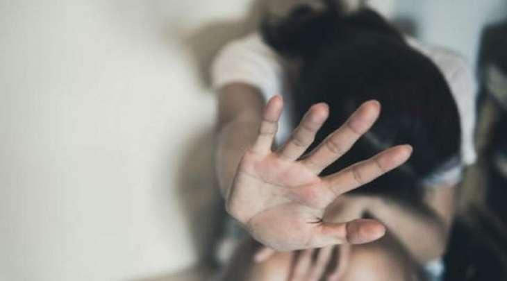 القبض علی رجل بتھمة اغتصاب امرأة متزوجة امام ابنائھا فی مدینة سوسة
