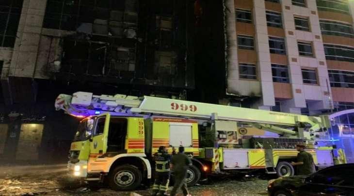 السيطرة على حريق بمنطقة المعمورة في أبوظبي