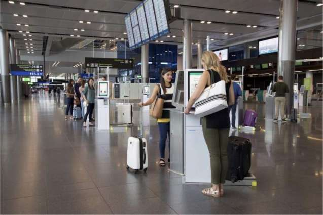 Antalya Expects About 10,000 Russian Tourists on 1st Day of Flight Resumption - Official