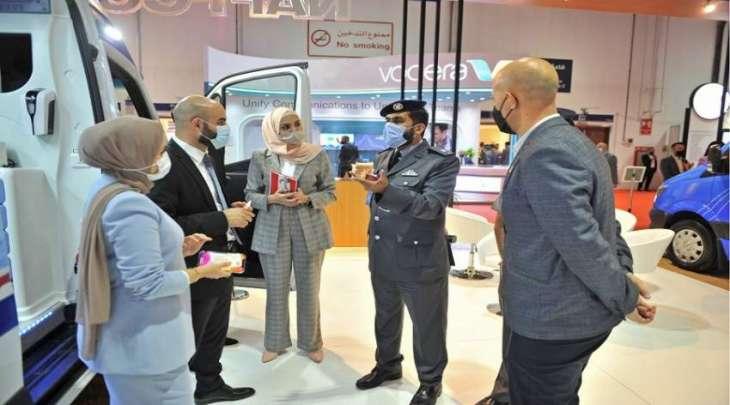 طيران شرطة أبوظبي تشارك بمعرض ومؤتمر الصحة العربي 2021