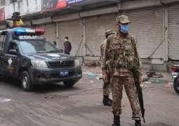 Checkpoints set up to enforce lockdown in Karachi