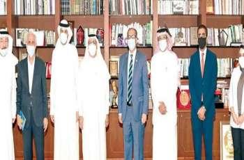 """سفیر باکستان لدي مملکة البحرین یجتمع برئیس مجلس ادارة صحیفة """" الأیام """" نجیب الحمر"""