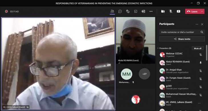 UVAS holds a webinar in connection with World Zoonoses Day