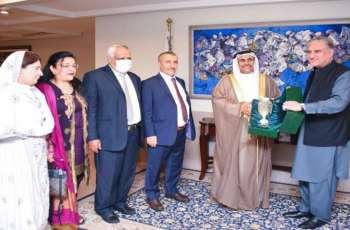 وزیر خارجیة باکستان یشید بجھود البرلمان العربي فی تطویر العلاقات العربیة مع باکستان