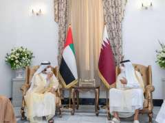 Mohammed bin Rashid meets with Emir of Qatar on sidelines of Baghdad Conference for Cooperation and Partnership
