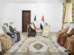 Mohammed bin Rashid meets with Kuwait's PM on sidelines of Baghdad Conference for Cooperation and Partnership