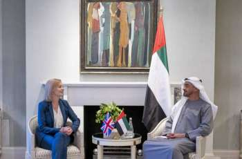 محمد بن زايد يلتقي وزيرة خارجية بريطانيا